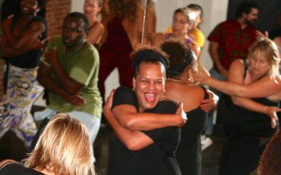 Cours de Pilates Fusion et Afro-Brasil en ligne avec Beth Rigaud